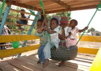 Nieuwsbrief Stichting Red de kinderen van Mozambique, december 2016